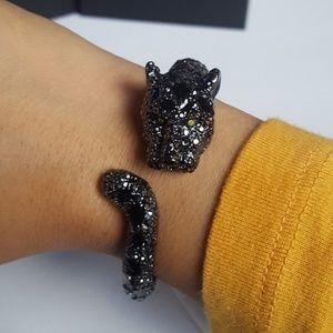 Betsey Johnson black jaguar bracelet New